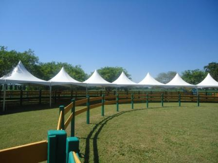 - Aluguel de Tendas piramidais e equipamentos para eventos em geral