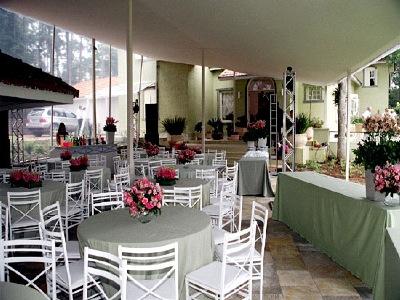 Aluguel de Mesas e Cadeiras em Embu - SP