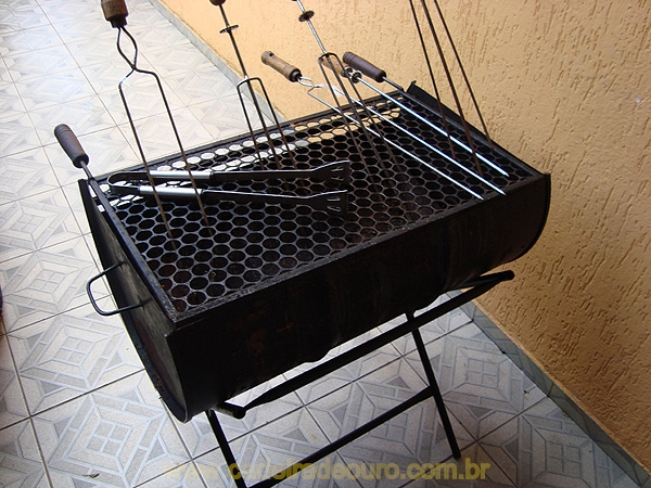 Aluguel de churrasqueira - Cadeira de Ouro