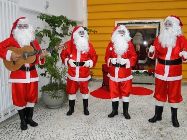 <Chegada de Papai Noel com Balão *