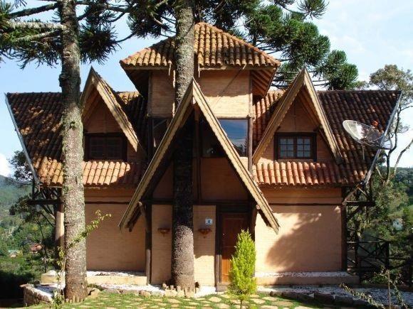 <Casa no alto da Vila Inglesa- Campos do Jordão