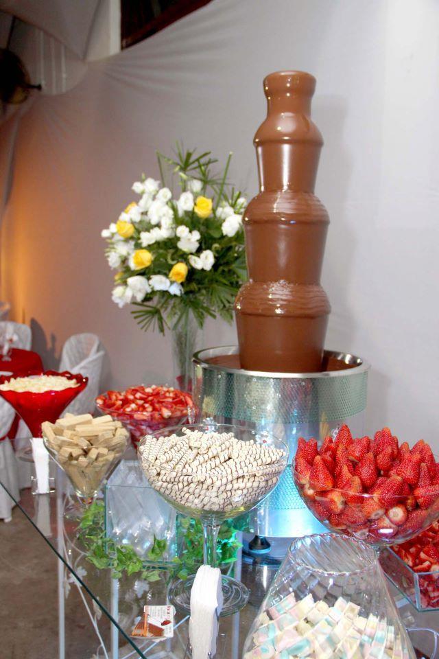 <Cascata de Chocolate para Festas e Eventos em Ribeirão Preto