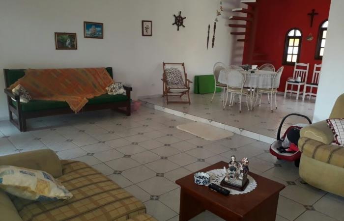 <Locação de casa para Temporada em Itanhaém