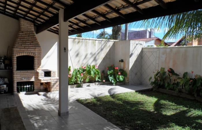 <Locação Casa de Temporada em Peruibe