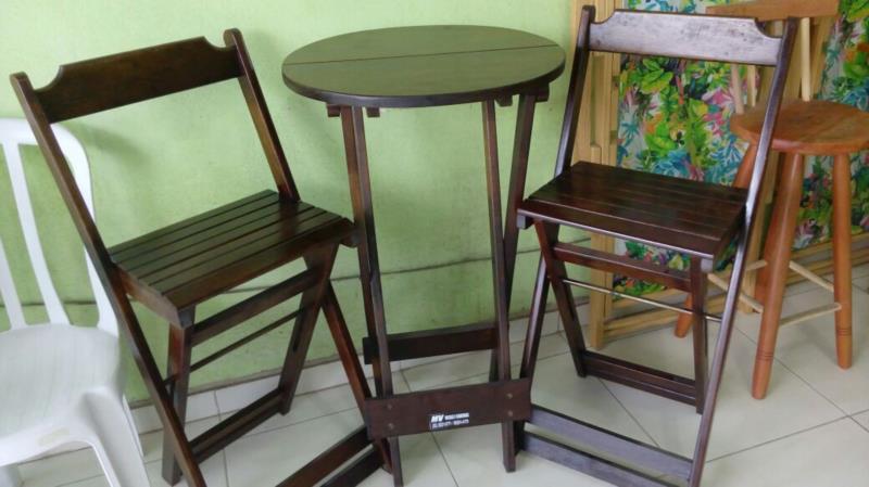 Mesas e Cadeiras de Madeira em São Gonçalo RJ