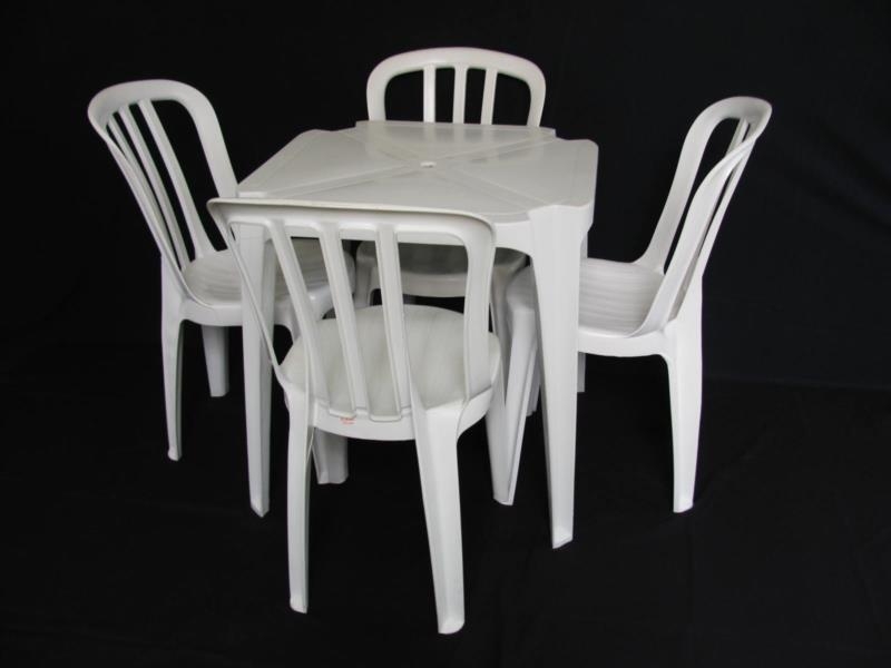 Mesas e Cadeiras na Vila Matilde SP