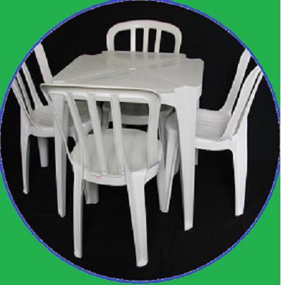 <Aluguel Mesa e Cadeiras na Zona Leste - SP