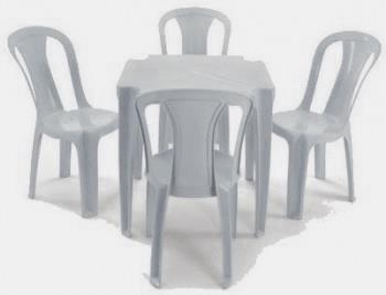 Mesas e Cadeiras na Zona Norte de São Paulo