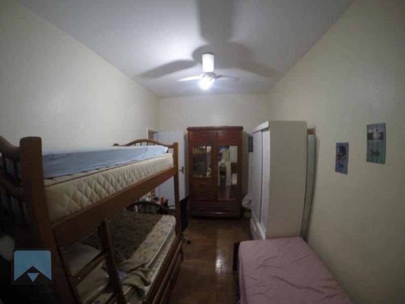 <Apartamento 02 quartos, sem vaga.