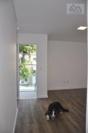 Vendo lindo sobrado de 180m2, com 4 dormitórios, 3 suites, 2 vagas, 5 banheiros novinha na Aparecida