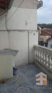 Sobrado com 1 dormitório para alugar, 31 m² - Campinho - Guaratinguetá/SP